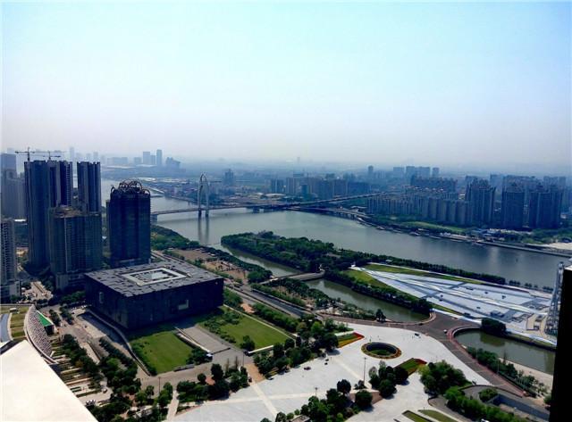 《掌柜视线》第九期:富力地产建筑的内外涵养