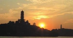 千年母亲河沿江而动 这里继承了古城文化和新城未来
