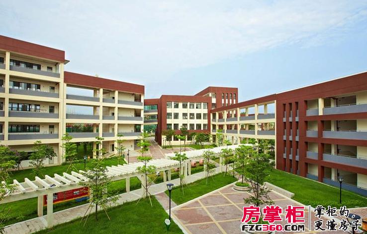 星河丹堤社区图