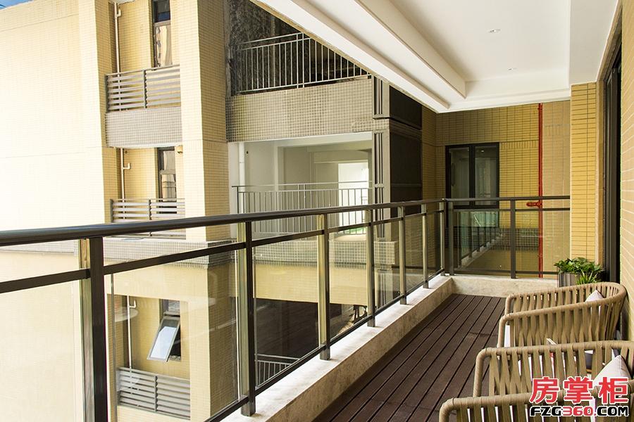 方直东岸3期-花涧堂-141.93平米-4房2厅